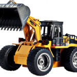 buldozer-igracka-na-daljinski-upravljac-3